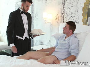 Room service employee guy enjoys fucking client's ass