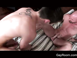 Hunk pleases young twink with exciting massage and blowjob